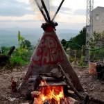 Ri-Creare - Caba, forno temporaneo di carta e barbottina - Foto di Clare Galloway